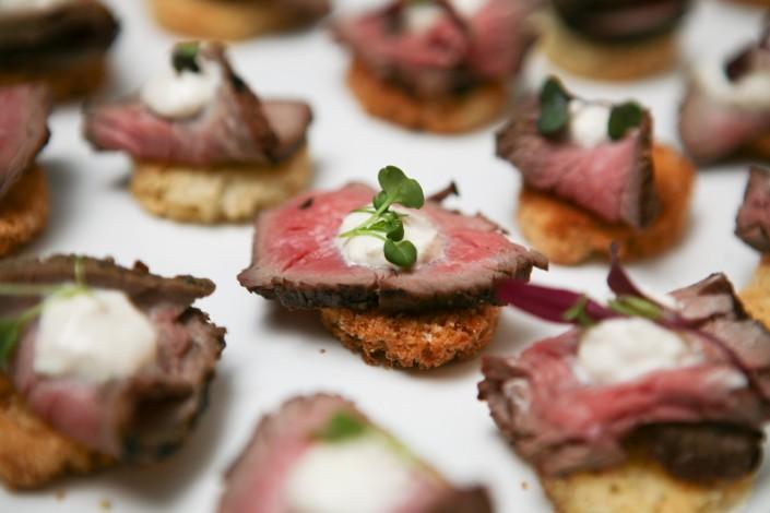 Beef Crustini Appetizer