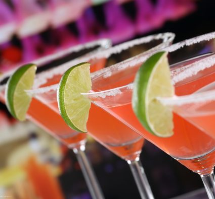 Check out these great places to experience the Kiawah Island nightlife!
